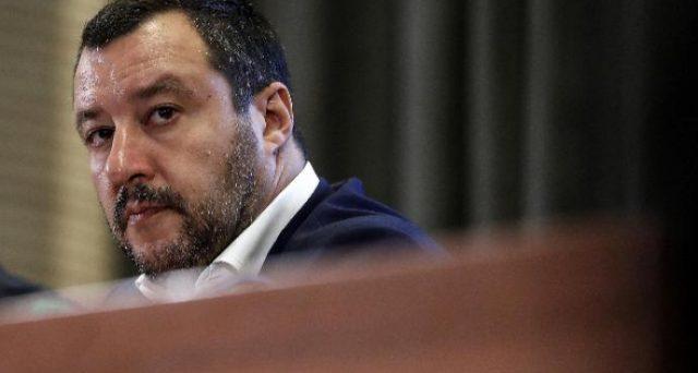 Matteo Salvini ha in mano le chiavi dell'euro. La tensione tra Italia ed Europa potrà essere disinnescata solo dal leader della Lega, altrimenti è crisi nera per i BTp.