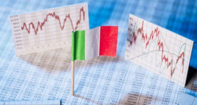 L'alto debito pubblico condanna l'Italia a non potere reagire alle crisi. Il rischio di un avvitamento pericoloso al prossimo giro è elevatissimo.