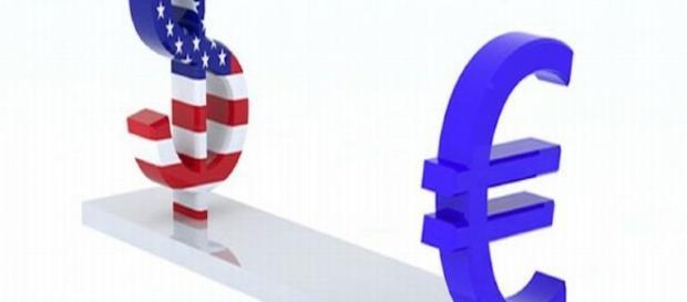 Cambio euro-dollaro e crollo del petrolio sui mercati