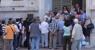 Grecia, pensionati scampano ai tagli grazie all'Italia?