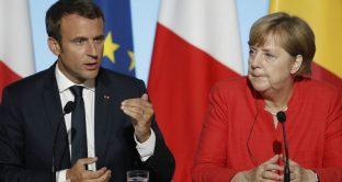 La falsa forza di Macron e Merkel