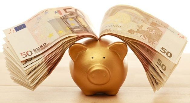 Italiani sempre più liquidi con il conto in banca gonfio