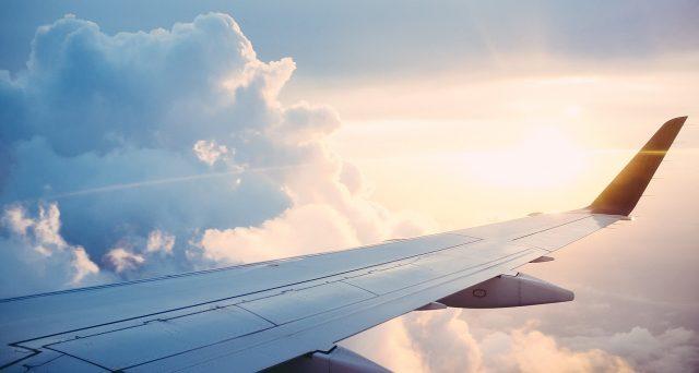 La nuova strategia di Wizz Air per combattere la crisi: voli a prezzi bassi e collegamenti a corto raggio in Italia.