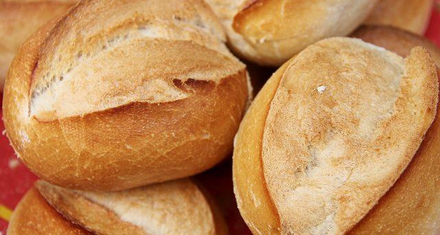 Da oggi al via l'etichetta per il pane che dovrà indicare se è fresco oppure conservato.