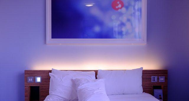 Le grandi aziende guardano al futuro: in Cina è arrivato l'hotel del tutto automatico che funziona con lo smartphone.