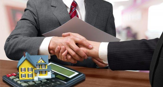L'Euribor sta per andare in pensione e al suo posto l'Europarlamento approva un nuovo tasso di riferimento per i mutui. Le famiglie preoccupate corrono a ripararsi sotto il tasso fisso, ma è davvero una buona idea?