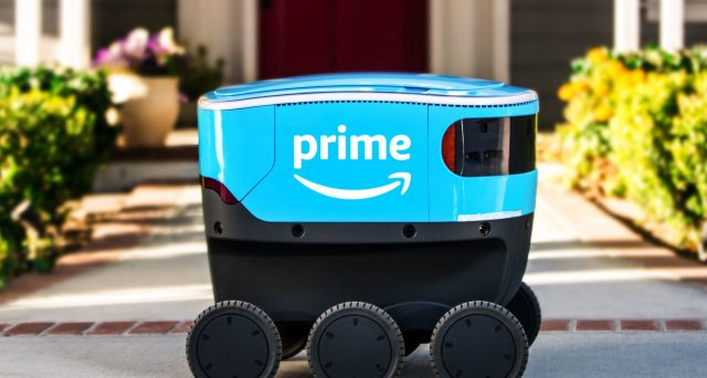 Arriva Amazon Scout il robot che consegna i pacchi di Amazon, per ora è attivo solo in un quartiere americano.