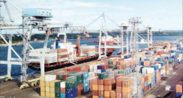 L'America tiene a galla l'export di Cina e UE