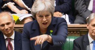 Si avvicina la Brexit senza accordo, ma la sterlina sale