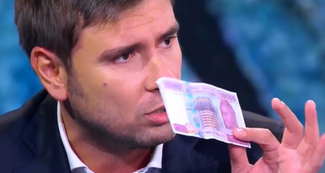 La Francia sfrutta le sue ex colonie con il franco CFA?