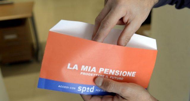 Le pensioni sono il solito tormentone italiano, soluzione immaginata per ogni problema della nostra economia. E si arriva a invocare il diritto di uscire dal lavoro anche dai 50 anni in poi.