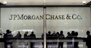 Flussi di risparmio investito nei fondi in ripresa già dal primo trimestre di quest'anno. La diversificazione è la chiave per sfuggire ai rendimenti negativi. E sui Pir servono regole chiare. La parola a Lorenzo Alfieri, manager di JP Morgan.