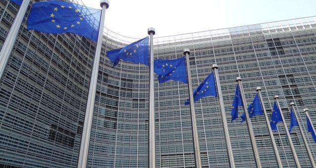 I risultati elettorali nell'Unione Europea complicano la spartizione delle principali cariche tra stati e partiti. Sorge l'incognita dell'Italia,