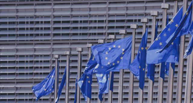 Alle elezioni europee di domenica saranno tre i dati a cui guardare per valutare le ripercussioni sulla politica italiana. Ecco quali e come potrebbe agire l'affluenza ai seggi.