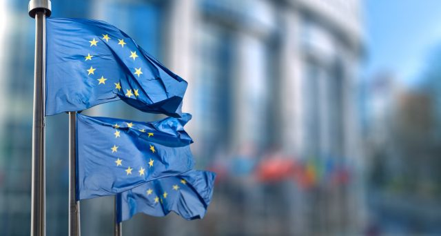 I tassi negativi della BCE hanno funzionato solo parzialmente, non riuscendo a rinvigorire l'economia, tanto che oggi non se ne può fare a meno, nonostante abbiano fallito l'obiettivo.