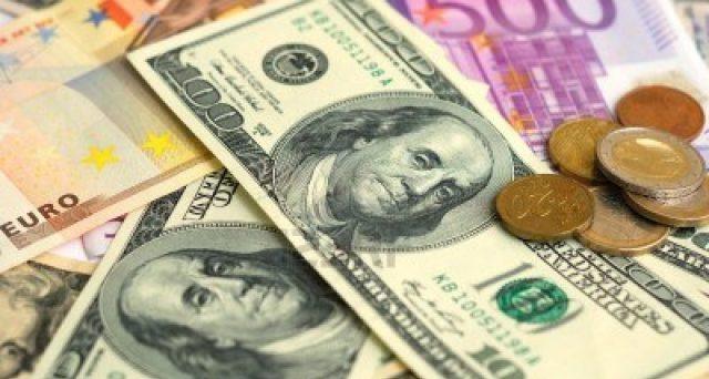 Cambio euro-dollaro atteso stabile nel breve e medio periodo