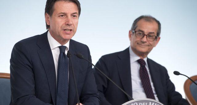 Conte e Tria contro Salvini sulla flat tax