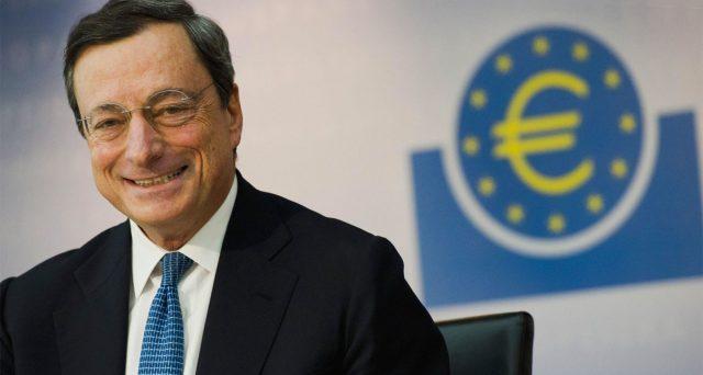 Mario Draghi in pole position per succedere a Jean-Claude Juncker per la poltrona di presidente della Commissione europea. L'indiscrezione riceve già l'ok del vicepremier Matteo Salvini.