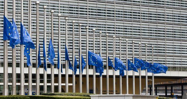 L'Italia è trattata dall'Europa con fastidio misto a irritazione, ma in piena crisi abbiamo sborsato circa 100 miliardi di euro per aiutare gli altri. Ecco i numeri di una verità scomoda per i commissari.