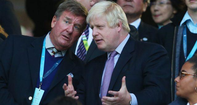 Boris Johnson è il super-favorito per succedere a Theresa May come premier. E Nigel Farage gli propone un'alleanza per elezioni anticipate e Brexit senza accordo.