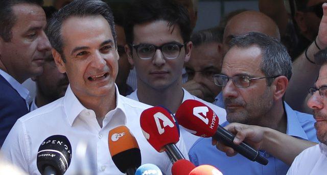 Le elezioni in Grecia hanno assegnato, come previsto, la maggioranza assoluta dei seggi al centro-destra di Kyriakos Mitsotakis. Sconfitto il premier uscente Alexis Tsipras, ma la sua SYRIZA è andata meglio delle attese e resta centrale in Parlamento.