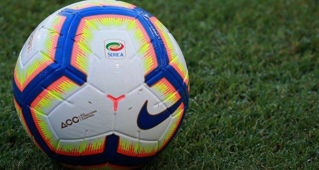 Plusvalenze per oltre 700 milioni all'anno in Serie A, salvano temporaneamente i bilanci delle squadre, ma drogano i conti e rinviano i problemi finanziari. E la FIGC ha stretto le maglie con il cosiddetto diritto di