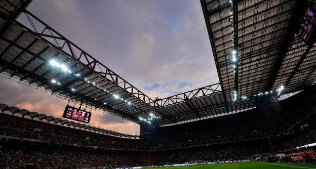 Milan e Inter hanno presentano al Comune di Milano il progetto congiunto per la costruzione del nuovo stadio. Costi attesi per 1,2 miliardi, ma sarebbero coperti anche in meno di 10 anni. Ecco i conti.