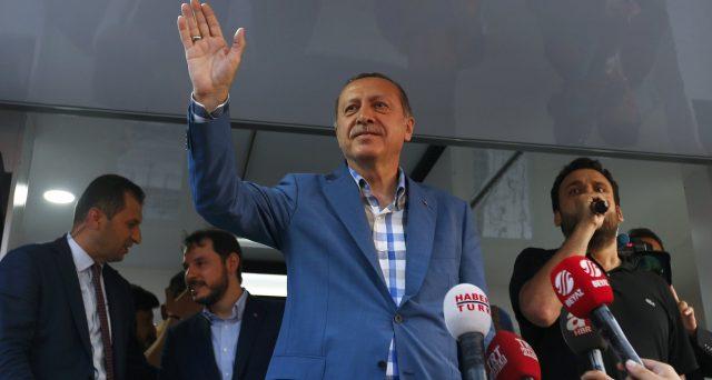 La Turchia oggi sta peggio di 3 anni fa, quando il presidente Erdogan sventò un tentato colpo di stato. Gli indici macro si sono tutti indeboliti.