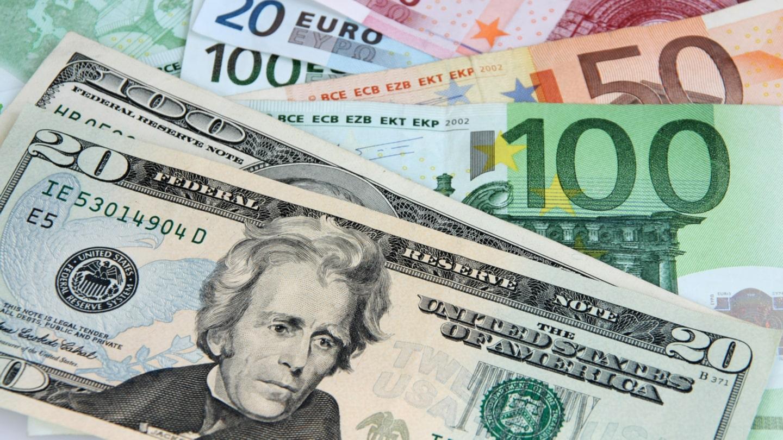 quanti sono 300 dollari in euro €??? | Yahoo Answers