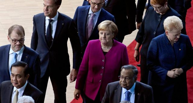 I tassi negativi in Germania stanno indisponendo le famiglie, creando allarme tra i risparmiatori e quanti intendano acquistare casa. Ed è terremoto politico, destinato a provocare scosse ancora più intense.