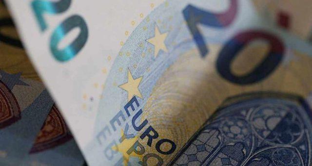 L'Europa sta scivolando verso la stagnazione o forse anche la recessione e l'economia italiana ancora una volta non ha alcun sostegno per ripararsi dalla crisi.