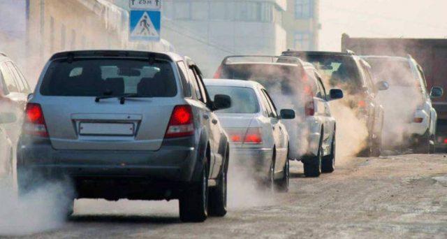Accise sul diesel parificate a quelle sulla benzina. Ipotesi che continua a girare negli ambienti del governo e che sarebbe un colpo alle tasche dei consumatori, oltre che un boomerang per l'ambiente.