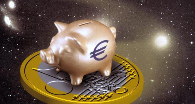 Conti bancari in crescita anche in piena crisi. Gli italiani si confermano un popolo di risparmiatori, anche se il segnale per l'economia non sembra affatto positivo.