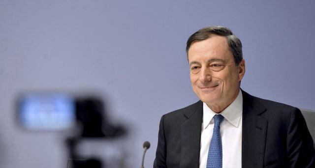Board BCE, ultimo atto per Mario Draghi. Finisce il mandato di otto anni del governatore italiano, che ha salvato l'euro da una scomparsa altrimenti certa. Ecco le tre mosse dal 2011 ad oggi.