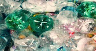 Tassa su zucchero, plastica e internet. La sinistra del