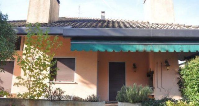 La case all'asta sono diventate un grande affare per gli acquirenti, molto meno per banche e debitori. I prezzi di vendita risultano spesso una frazione del valore commerciale dell'immobile.