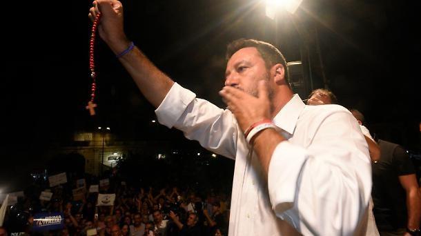 Le aperture alla Lega di Matteo Salvini dal Cardinale Camillo Ruini e dalla Commissione europea, attraverso Margrethe Vestager, lasciano intendere che in Italia le elezioni anticipate siano vicine.