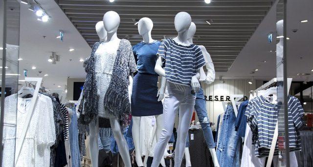Via Monte Napoleone, Champs Elysees e 5th Avenue: quanto costano gli affitti nelle vie dello shopping di lusso?