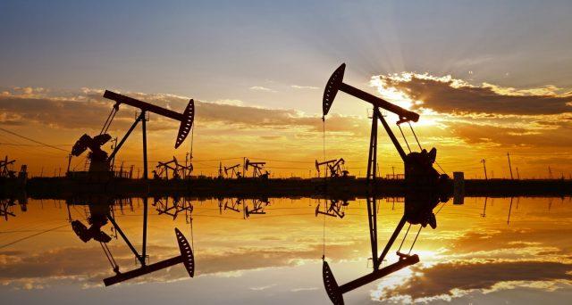 Con l'IPO di Aramco in corso, i sauditi non possono permettersi di deludere le aspettative del mercato riguardo al taglio dell'offerta di petrolio da parte dell'OPEC. Ma l'accordo non reggerà e l'America ne approfitta ormai da anni.