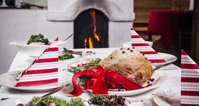 Pranzi e spostamenti, cosa si può fare e cosa no a Natale