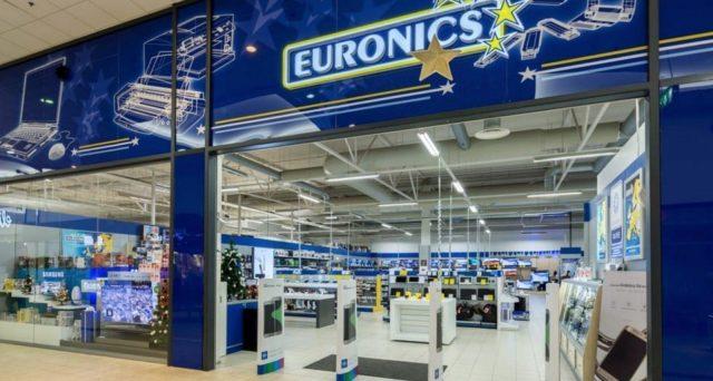 250 dipendenti di Euronics-Galimberti rischiano il licenziamento dopo che il tribunale fallimentare di Milano ha dichiarato l'insolvenza.