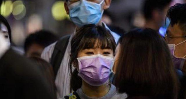 In alcuni siti web, il prezzo di una singola mascherina è arrivato fino a 50 centesimi.