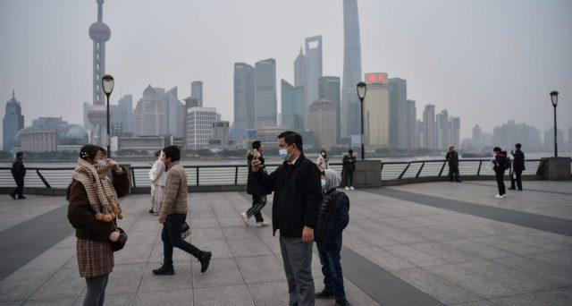 Il virus cinese abbatte il prezzo del petrolio