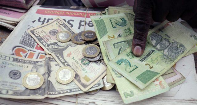 Zimbabwe nuovamente a caccia di dollari