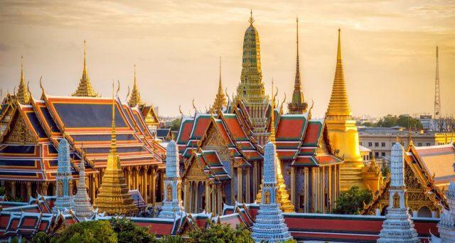 L'economia thailandese sta subendo già un duro colpo dal virus cinese. Il settore del turismo, un traino per tutto il pil, rischia gravi ripercussioni. La banca centrale ha già tagliato i tassi, malgrado il cambio più debole.