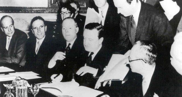 La crisi fiscale in cui rischia di precipitare l'Italia per assenza di solidarietà nell'Eurozona rievoca alla mente l'Accordo di Londra nel 1953, grazie al quale la Germania si rimise in piedi dopo la guerra.