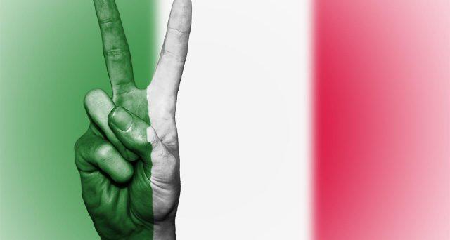 Italia chiusa per Coronavirus. E l'economia sta collassando, con previsioni molto drammatiche sui livelli del pil di quest'anno. Il debito pubblico si avvia ad esplodere e i mercati già segnalano panico.