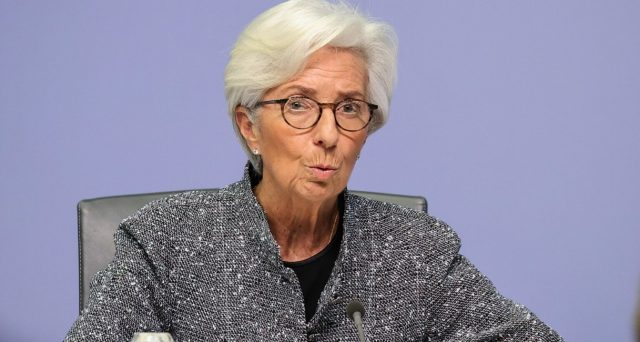 La gravità della crisi in corso è tale, che la BCE sta abbattendo a poco a poco tutti i tabù sin qui esistenti nell'Eurozona e ipotizza la nascita di una