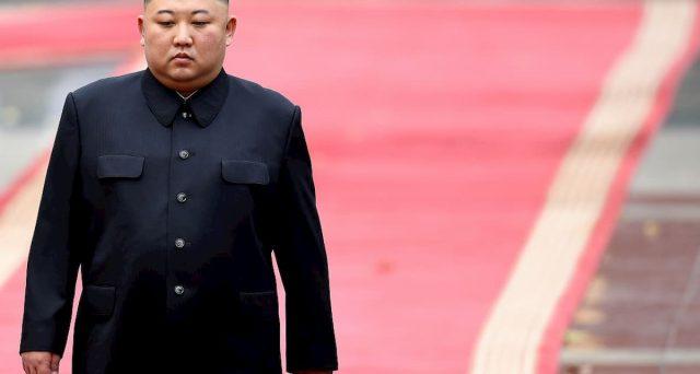 Mistero sulla sorte del leader nordcoreano, mentre s'infittiscono le voci sulla sua presunta morte dopo un infarto. Il mondo non sa cosa augurarsi. Il regno