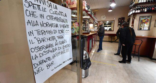 Mangiare al ristorante dopo il cessato allarme Coronavirus e sostenere l'economia locale contro la crisi. Arrivano le prime adesioni dai locali italiani all'iniziativa dei cosiddetti